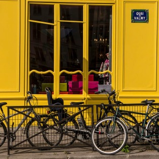 INNES Bikes and Yellow Shop Paris