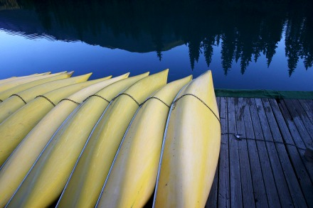 INNES canoes_bow_river_banff_alberta