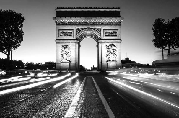 INNES L'Arc de Triomphe Paris Black and White